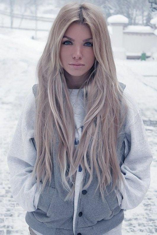 Helles Aschblond - der perfekte Look für Winter