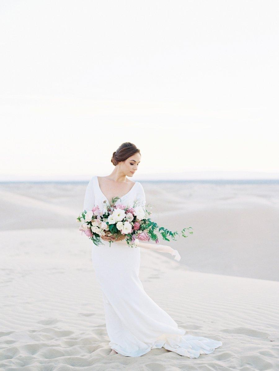 Weiblich, elegant und edel - die Hochsteckfrisur kann Ihren bräutlichen Look besonders gut aufpeppen