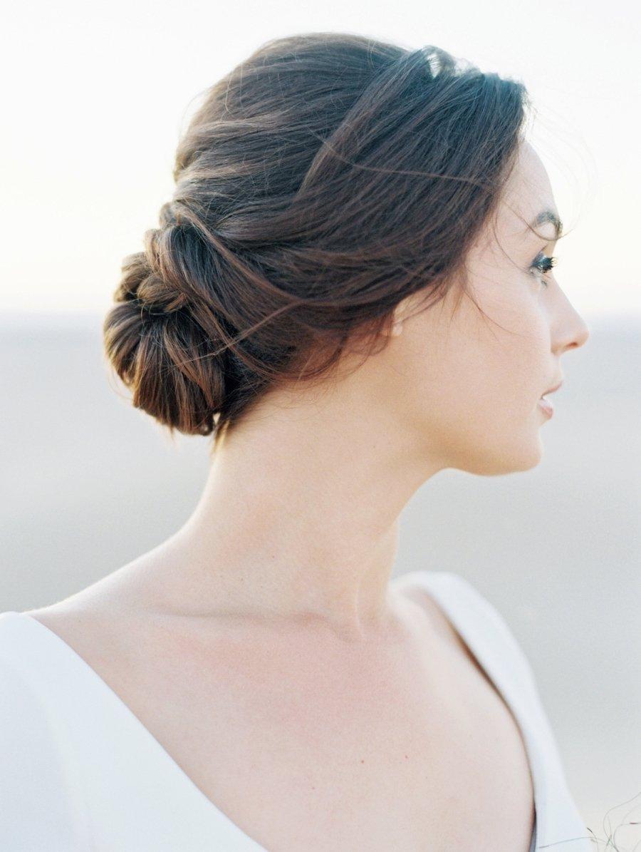 Der echter Klassiker in den Brautfrisuren - Hochsteckfrisur