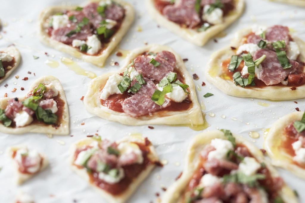 Die Herz - Pizza -Schritt 4: Sie können auch frische Gewürze hinzugeben