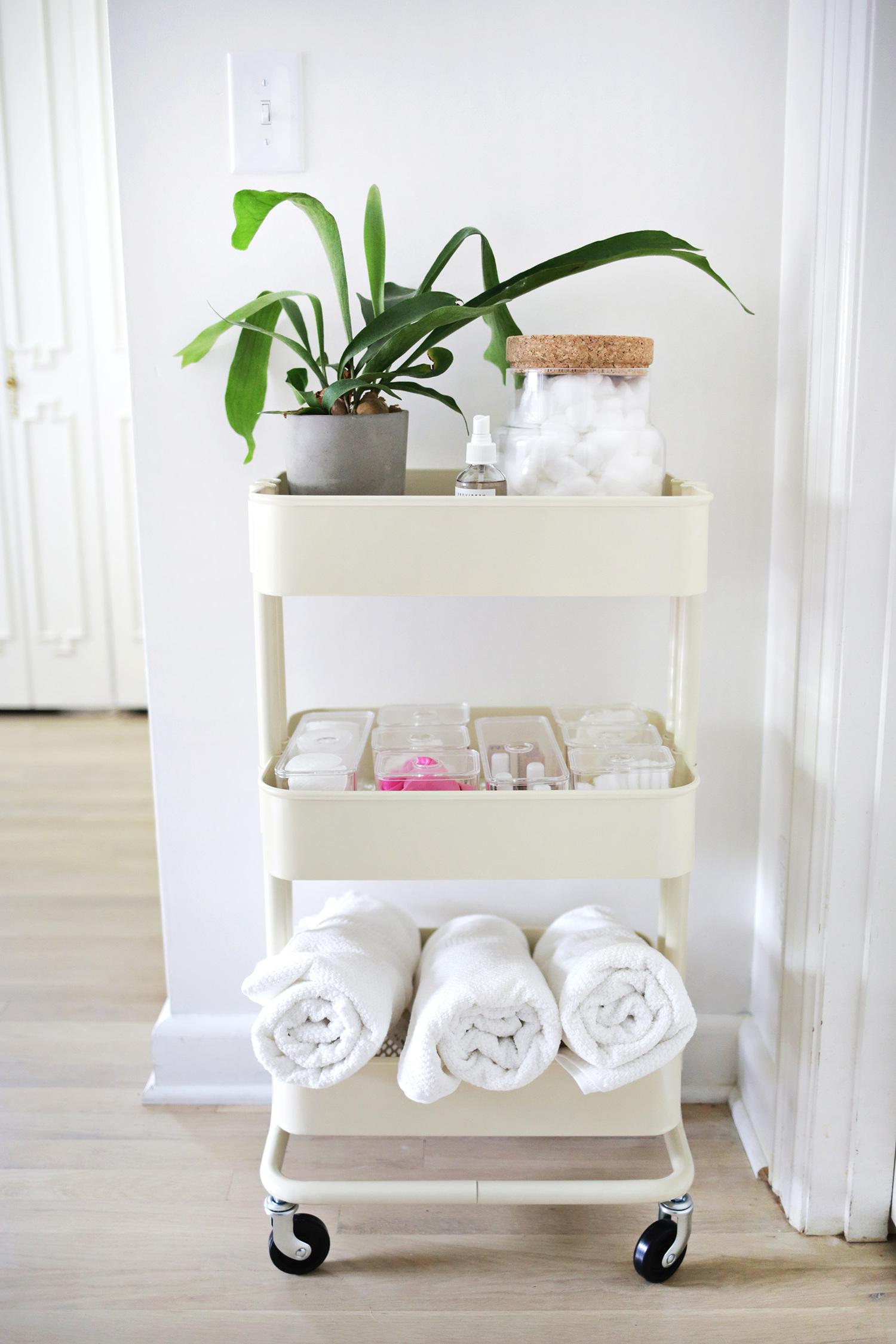 IKEA fahrbares Regal - voller Funktionalität und Feinheit