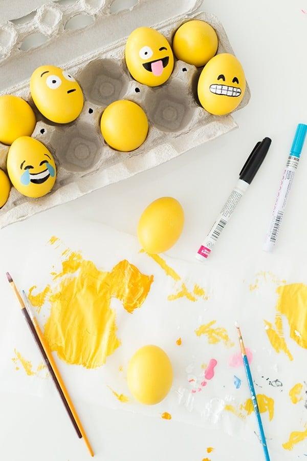 DIY Anleitung für Emoji lustige Eier Gesichter