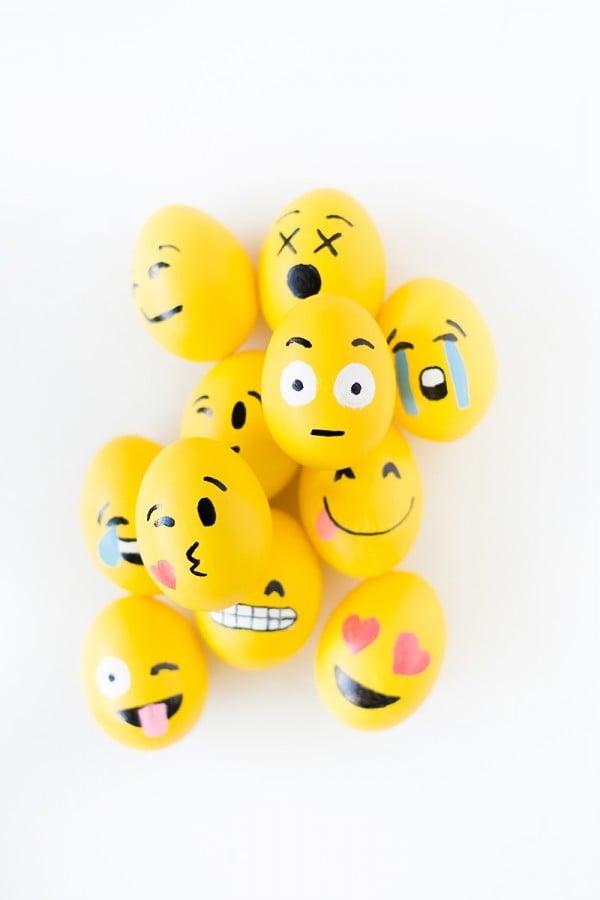 Die lustigen Eier - Gesichter im Emoji-Stil garantieren Ihnen eine umwerfende Ostereiersuche!