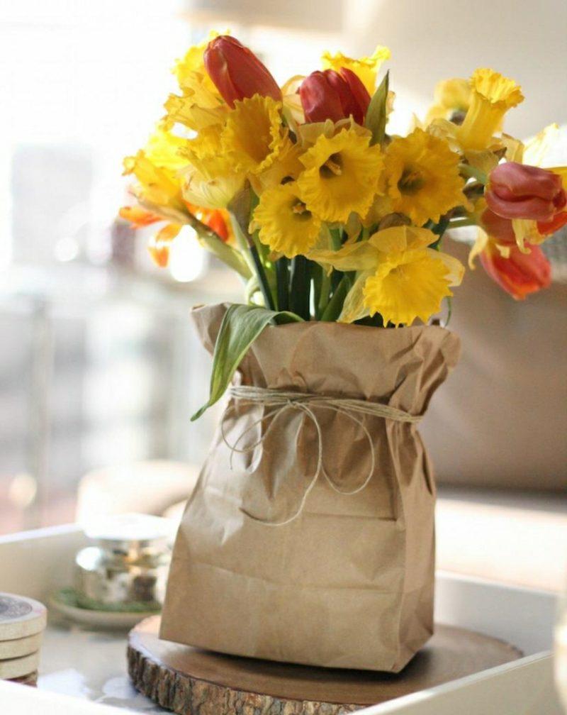 Bastelideen Frühling tolle Blumengestecke