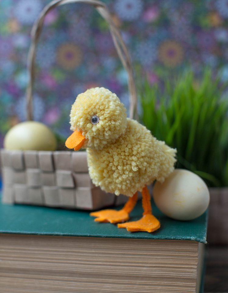 Ideen für Kinder zu Ostern - Eine Ente aus Wolle basteln