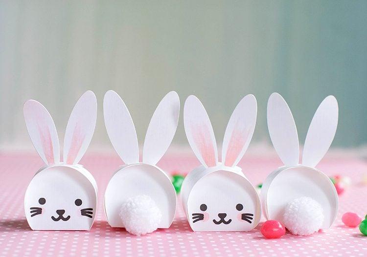 Bastelideen Ostern: DIY niedliche Kästchen in Form von Osterhasen mit Kindern basteln
