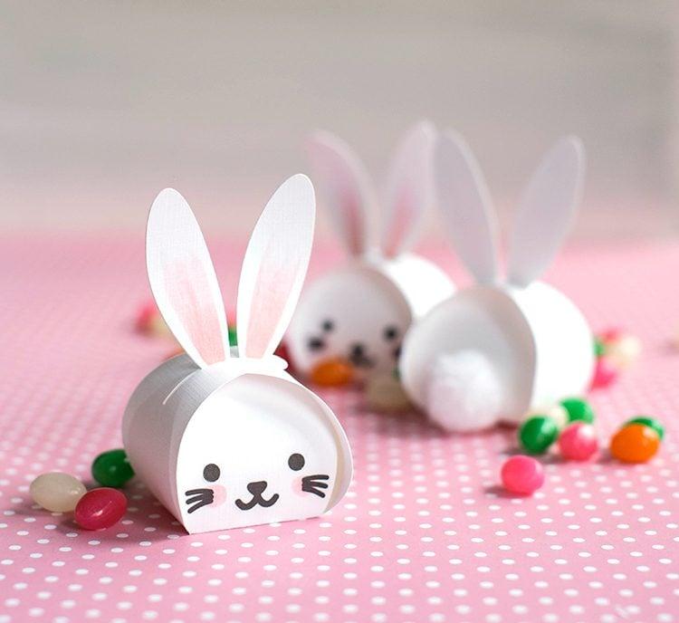 Bastelideen Ostern: DIY niedliche Osterhasen - Kästchen mit Süßigkeiten