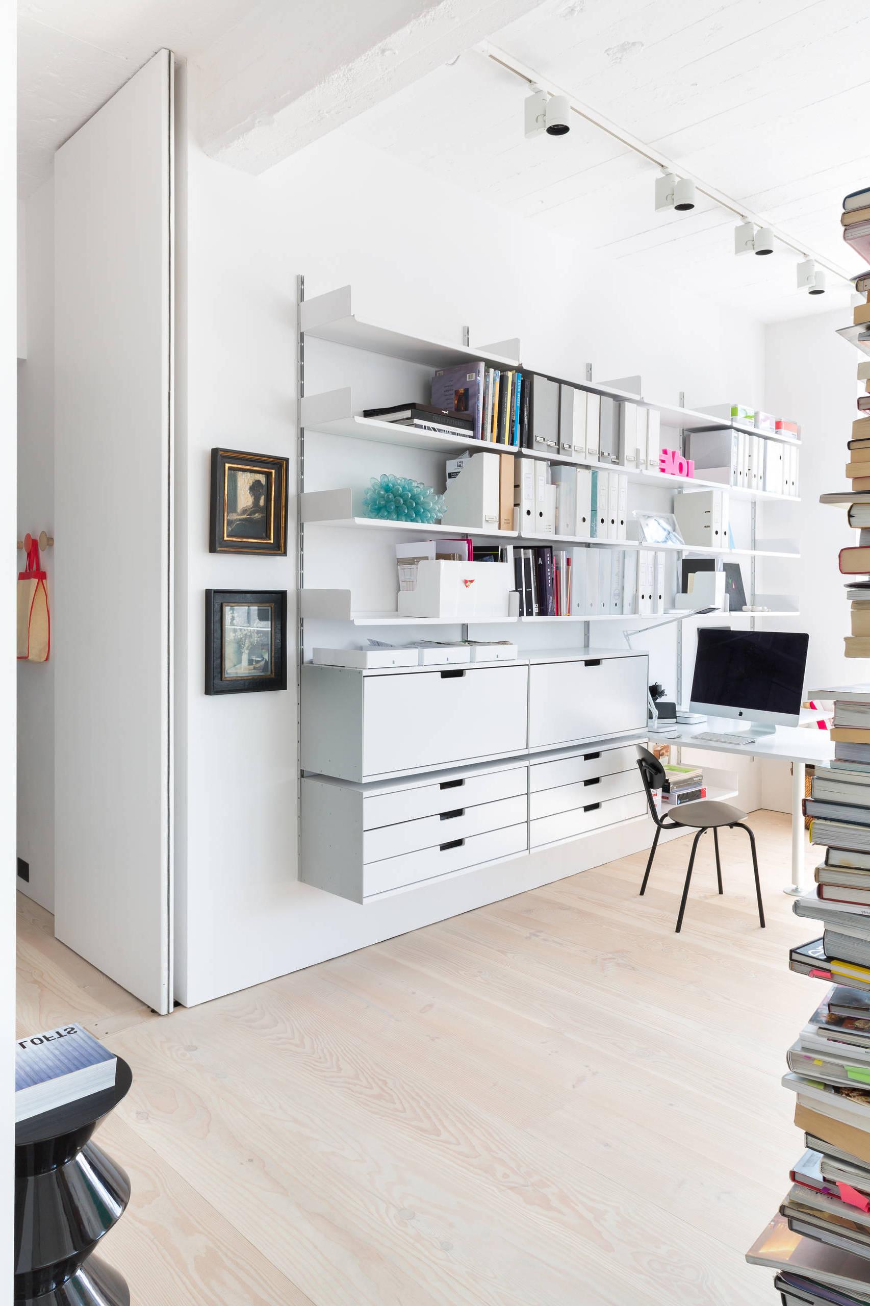 ordnung im b ro effektive aufbewahrung mithilfe von. Black Bedroom Furniture Sets. Home Design Ideas