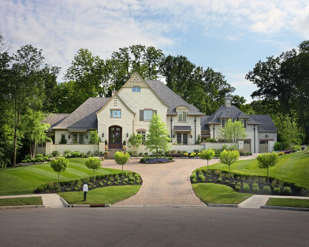 Vorgartengestaltung mit Gräsern: das beste Konzept für ein Landhaus