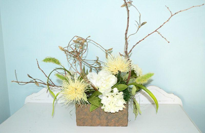 Blumengestecke arrangieren Herbst und Winter