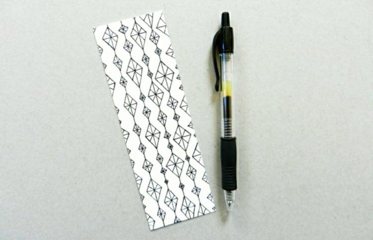Lesezeichen basteln geometrische Muster malen
