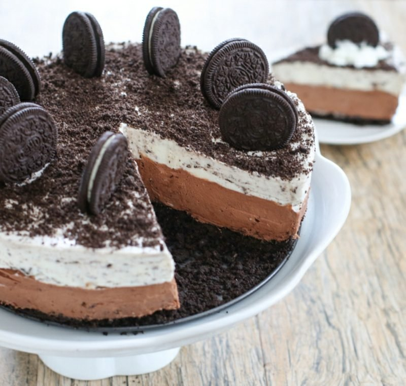 Oreo Cheesecake mit Schlagsahnecreme