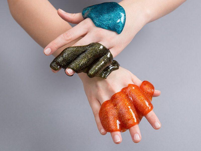 Schleim selber machen mit Glitzer in 3 Farben