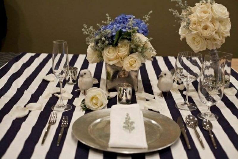 Blumengestecke festliche Tischdeko