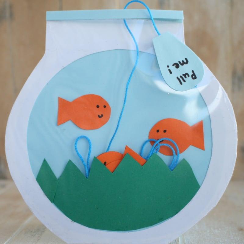 Bastelideen für kleine Kinder: Alles Gute zum Vatertag mit einer selbstgemachten Karte wünschen