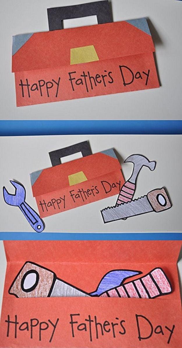 Die selbst gemachte Vatertag-Karte mit Werkzeug-Motiv ist die beste Art und Weise, Ihrem Vater alles Gute zum Vatertag zu wünschen