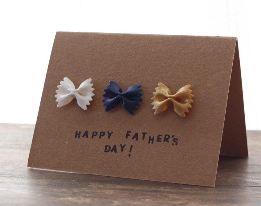 Die selbst gebastelte Vatertag-Karte ist die beste Art und Weise, Ihrem Vater alles Gute zum Vatertag zu wünschen