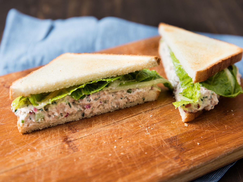 Die selbstgemachte Mayonnaise eignet sich besonders gut für Ihre Sandwiches