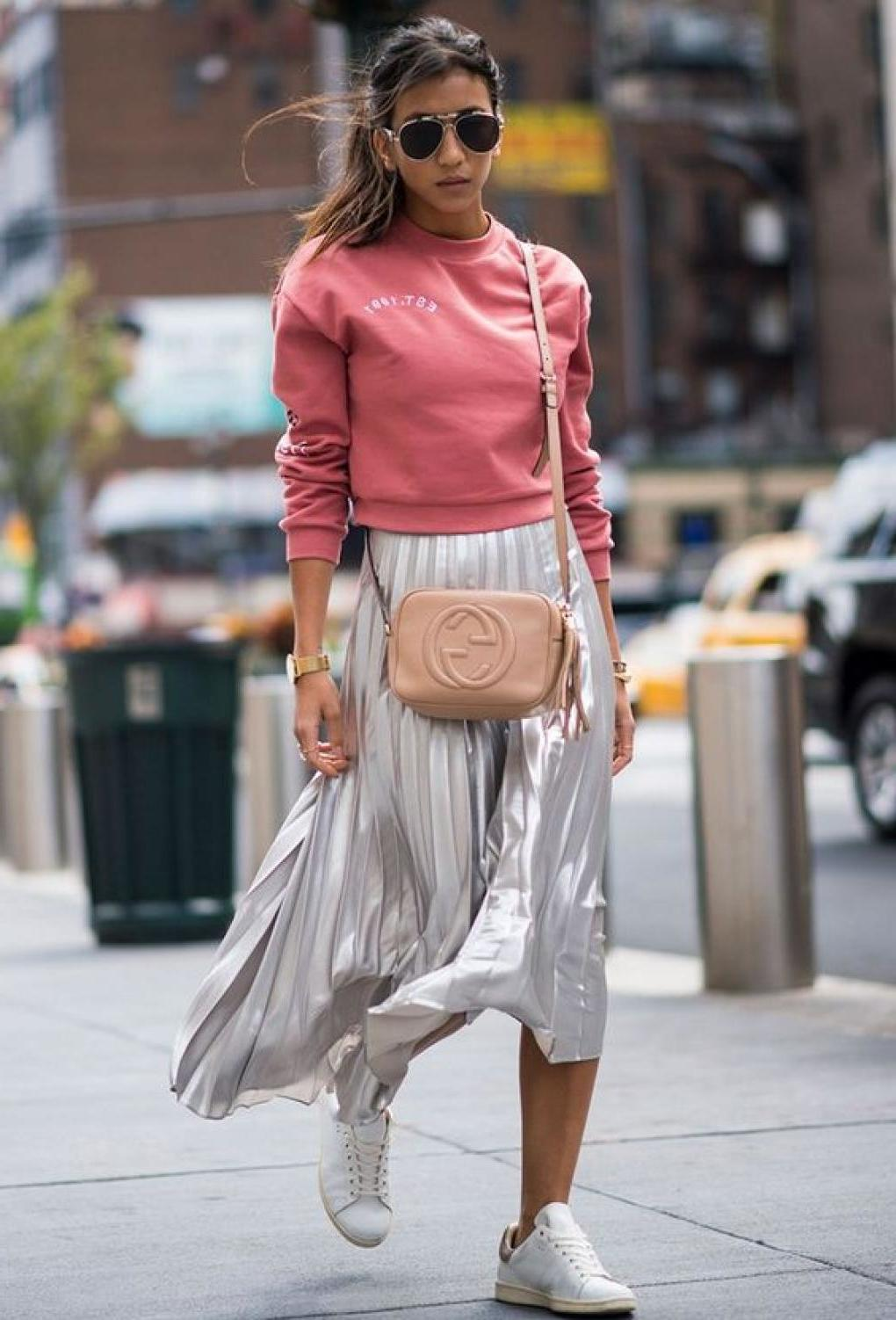 Modetrends 2018: Italienische Mode Marken empfehlen die Röcke mit Plissee