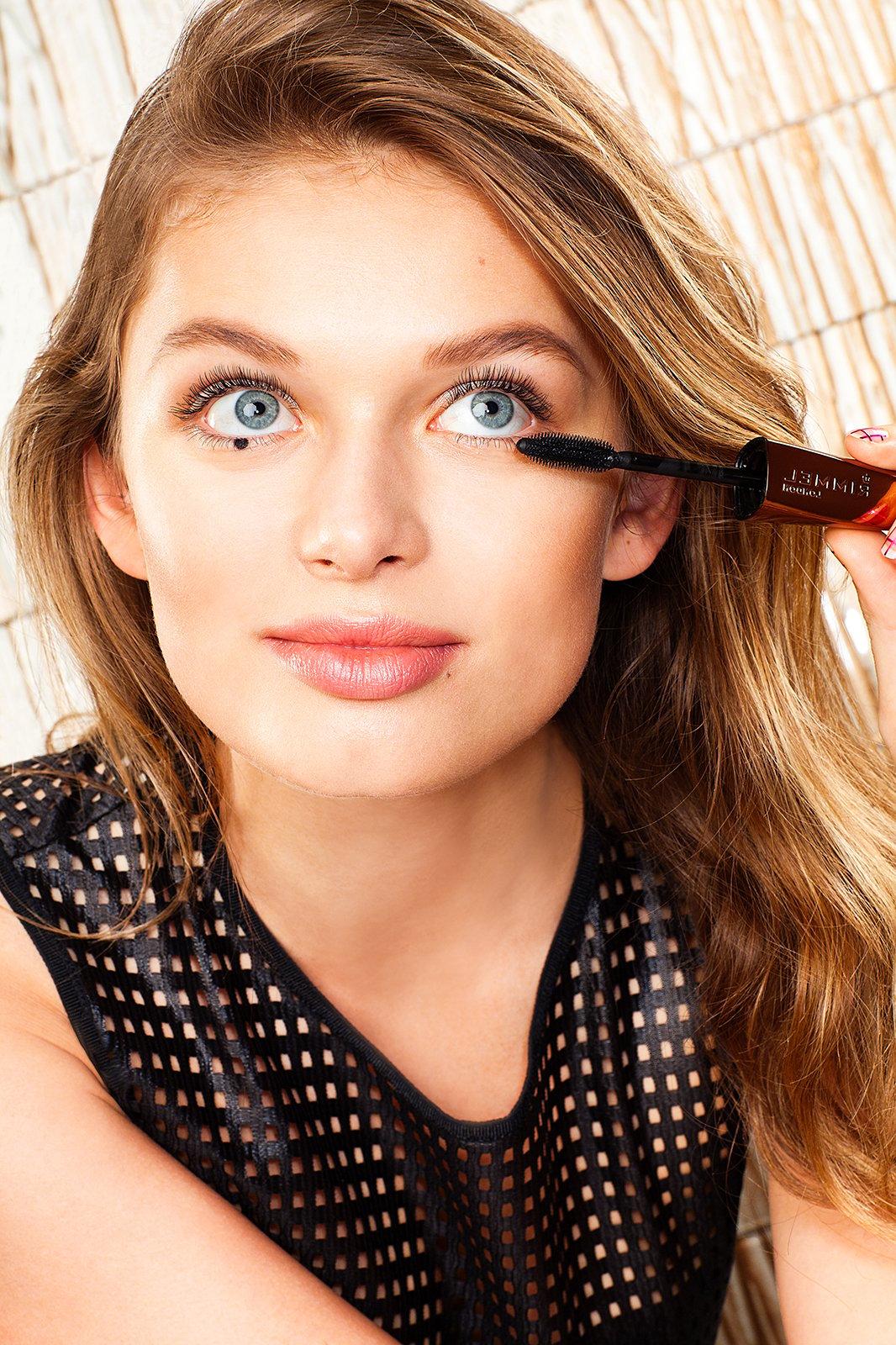 Tipp №2 fürs Sommer- Tages Make Up: Löschen Sie die wasserfesten Make Up Produkte aus der Schminkliste für den Sommer