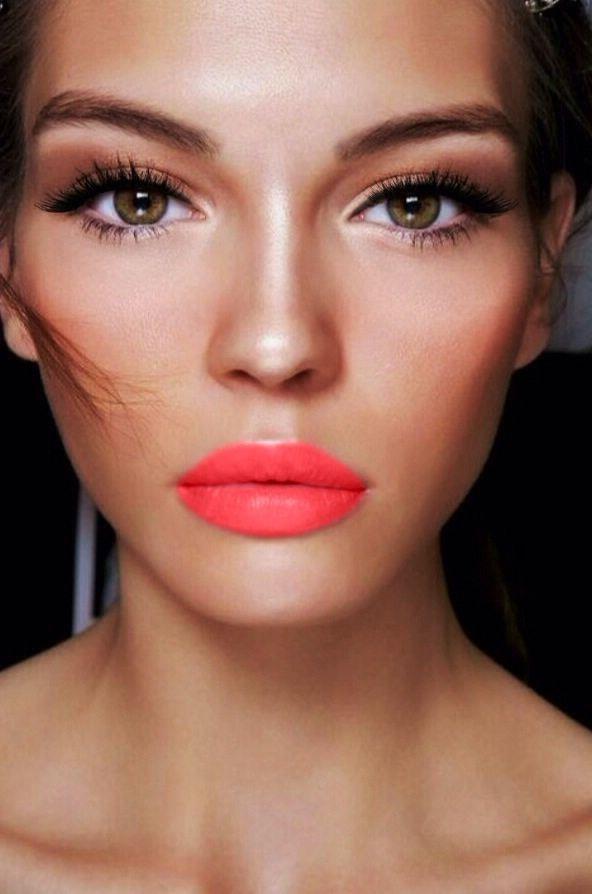 Schminktipps: In heißen Tagen setzen Sie auf einen auffälligen Lippenstift