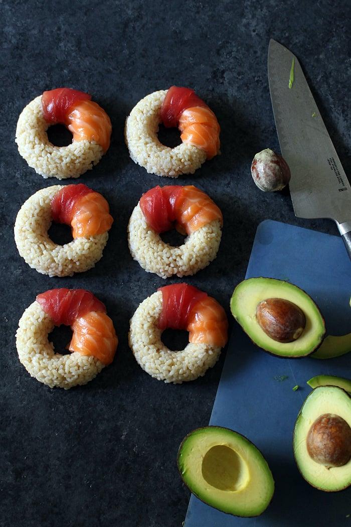 Neue Sushi Arten zubereiten - die Sushi-Donut