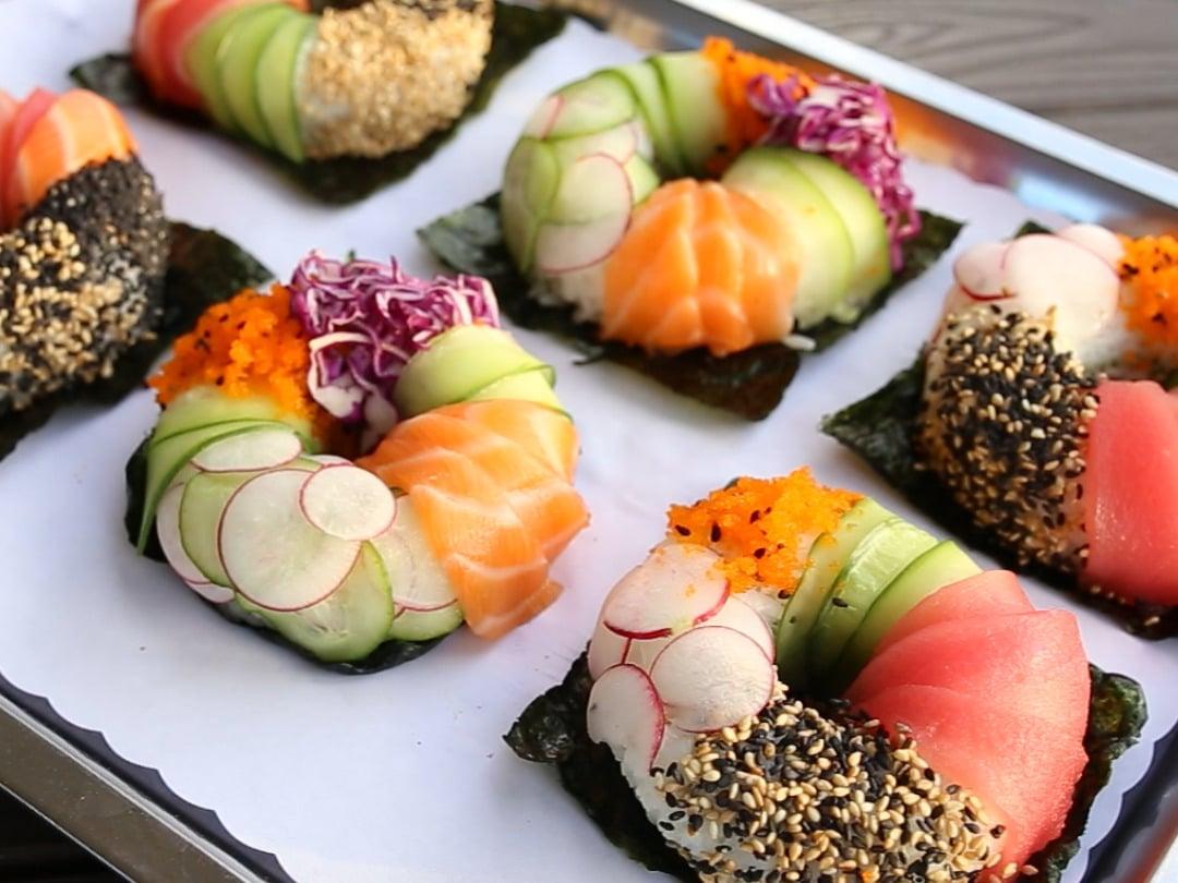 Wie machen Sie diese schöne Sushi Donuts selber, lernen Sie hier
