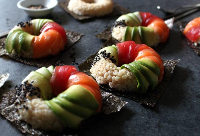 Überraschen Sie Ihre Gäste mit diesen selbstgemachten neuen Sushi Arten - die Sushi - Donut