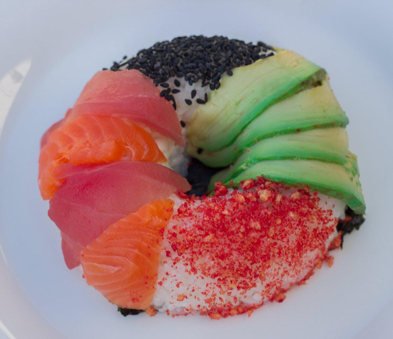 Vergessen Sie die üblichen Sushi Arten und sagen Sie Hallo der Sushi-Donut