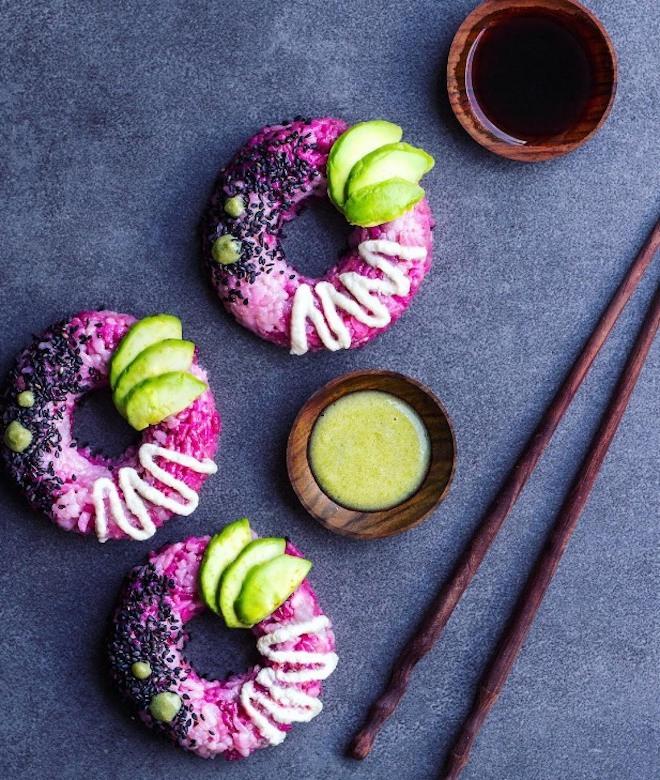 Umwerfende Sushi Donuts in Lila selber machen - Lernen Sie hier wie