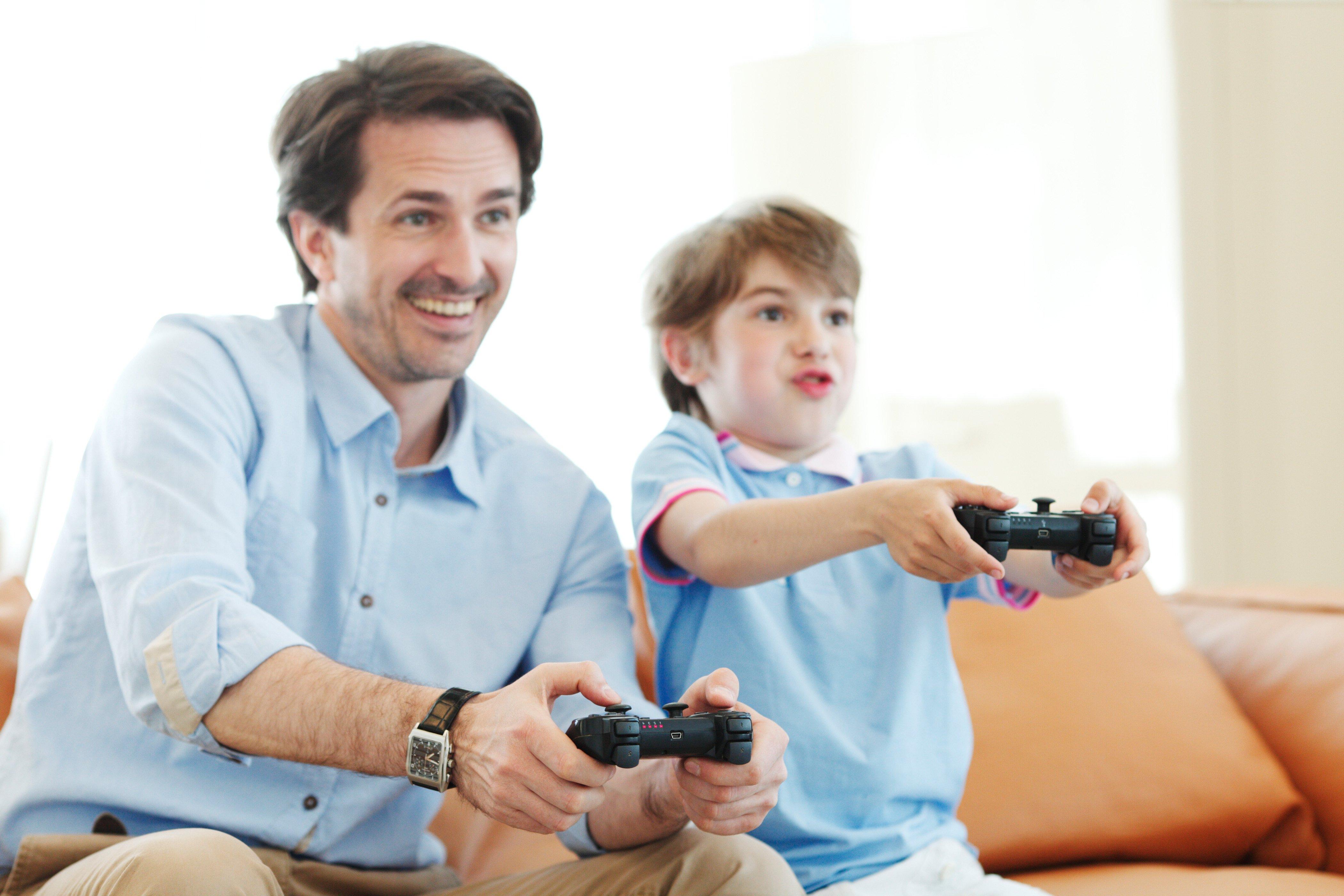 Vatertag Bilder: Sehen Sie die echte Freude, die aus dem Foto austrahlen