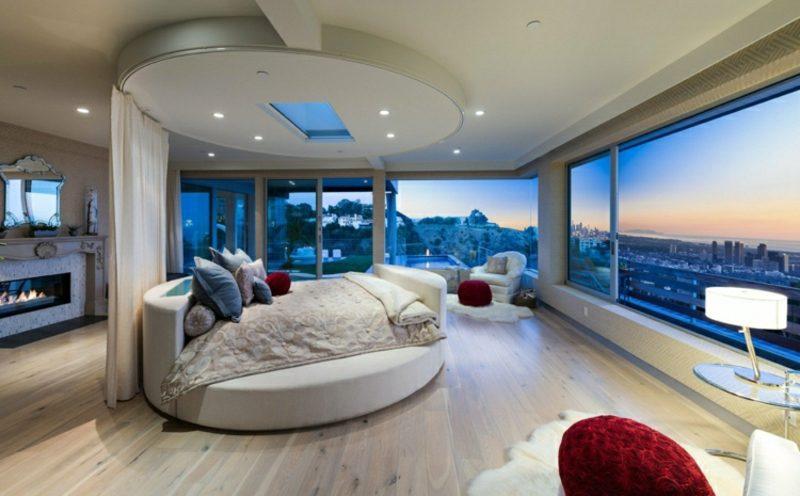 rundes Bett Schlafzimmer modern herrliche Aussicht