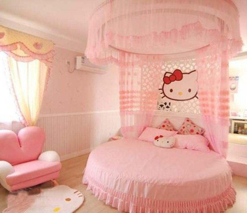rundes Bett in Rosa Kinderzimmer