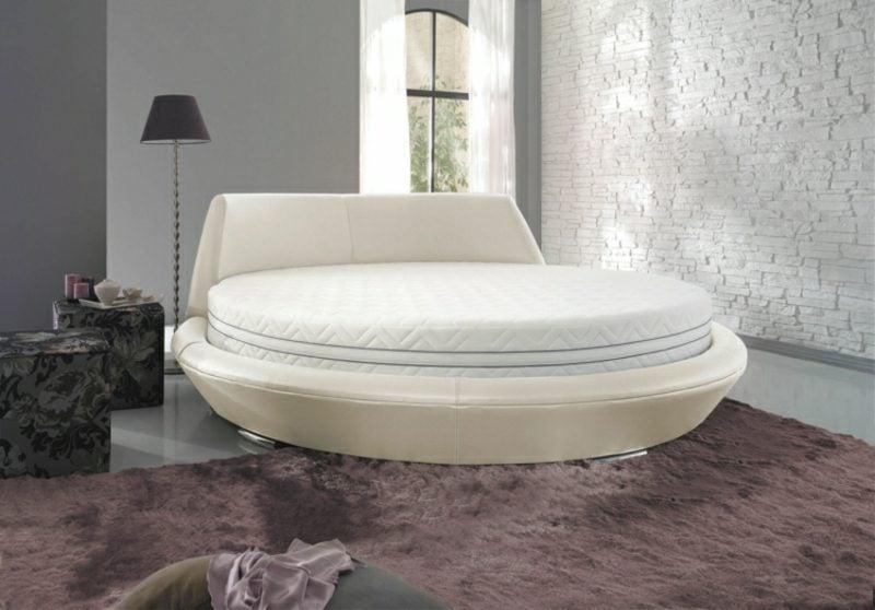 rundes Bett schlicht modern
