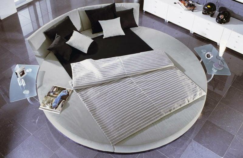 rundes Bett zwei Personen herrlicher Look