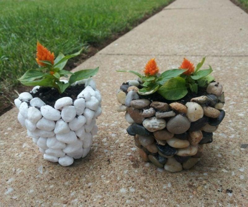 Ausgefallene Gartendeko selber machen Blumentopf dekorieren