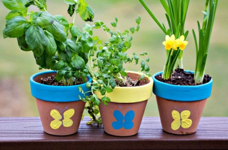 Gartenideen für wenig Geld Blumentopf verzieren