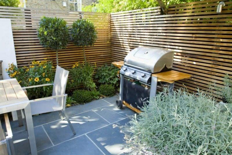 Gestaltung kleiner Garten Sitzecke mit Grill