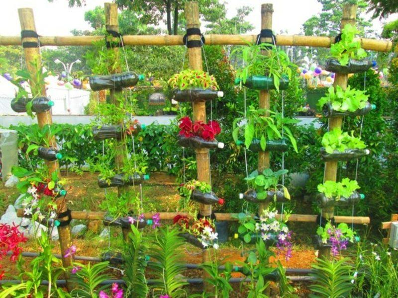 Gartenideen für wenig Geld Upcycling Flaschen