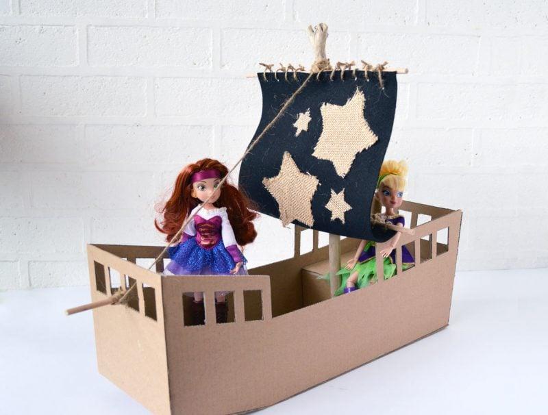 Bastelideen für Kinder: Basteln Sie ein Piratenschiff zusammen