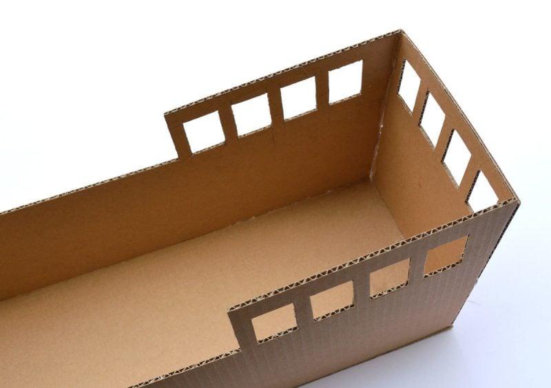 Bastelideen für Kinder: DIY Piratenschiff aus Karton