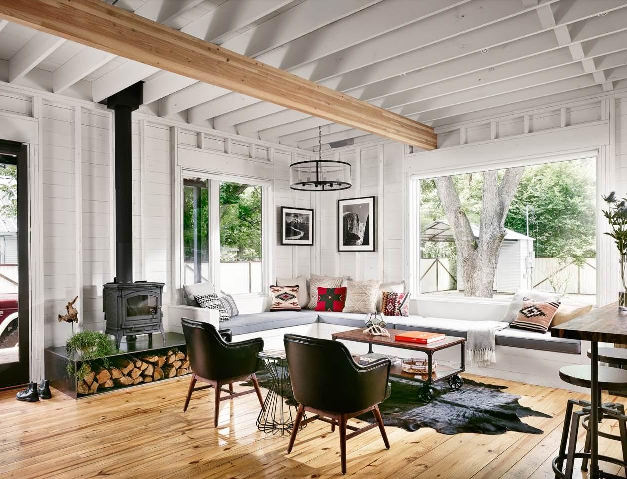 Eckbank Holz im Wohnzimmer