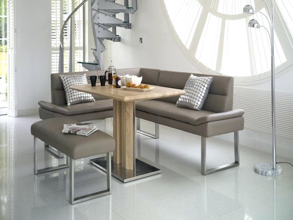 Eine Sitzecke mit Eckbankgruppe kreieren