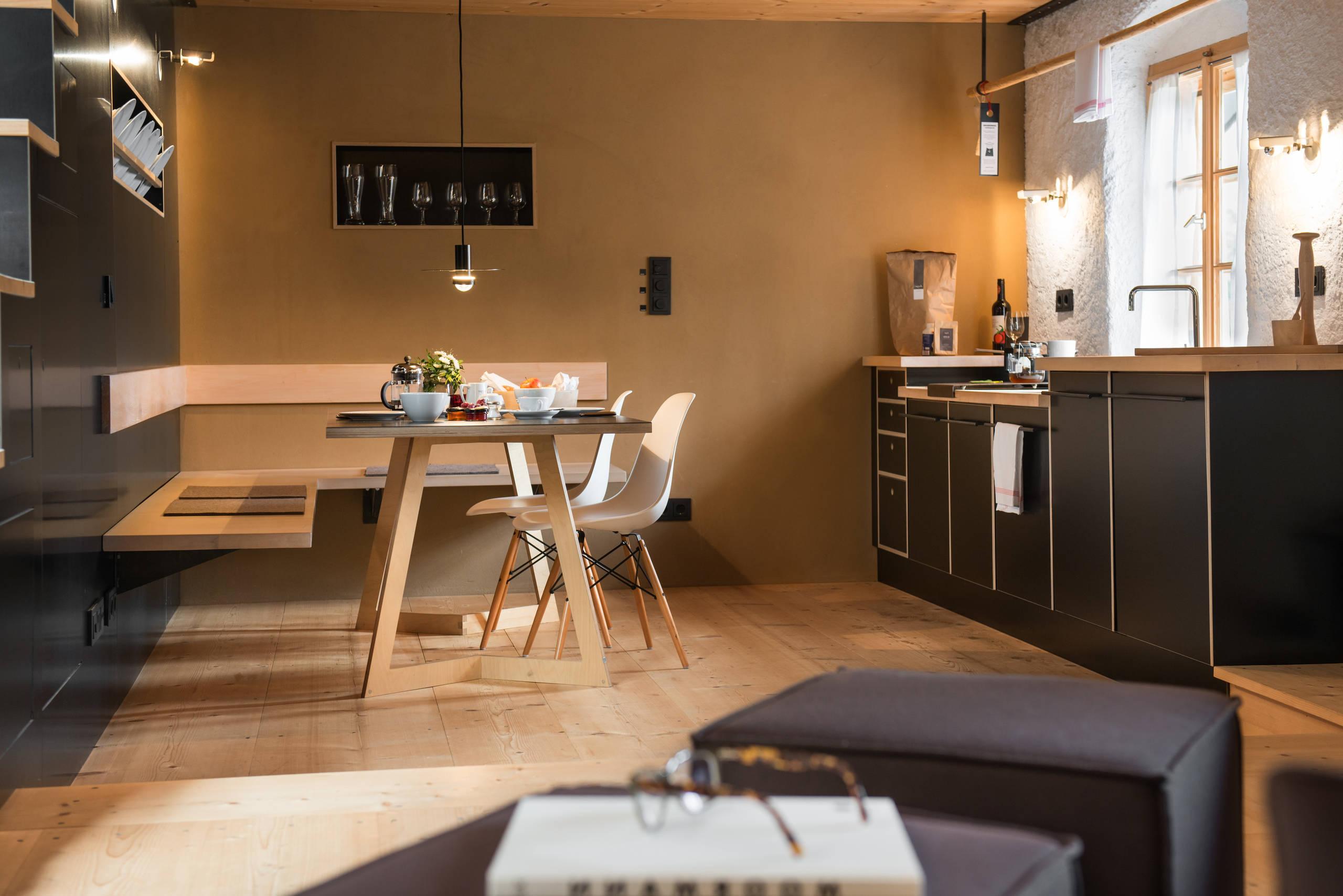 Warum sollten Sie auf eine Eckbankgruppe beim Esszimmer/Küche Einrichten setzen?