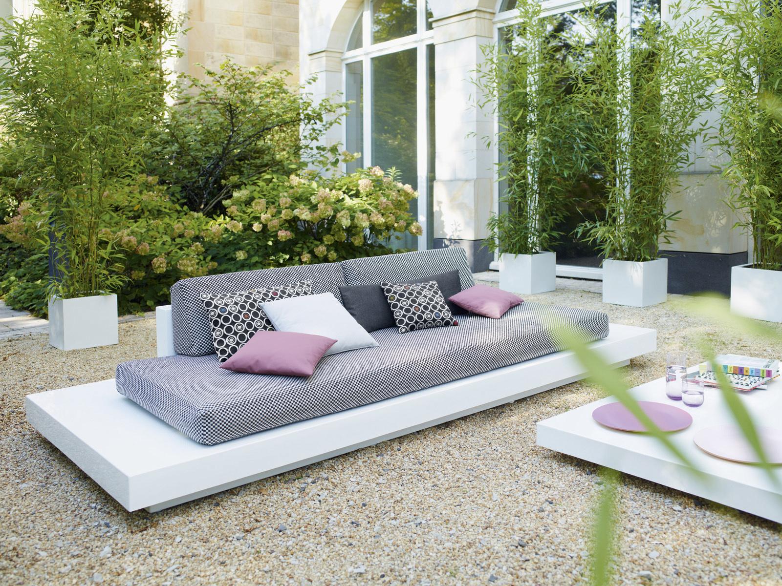 Gestalten Sie Ihr Wohnzimmer unter freiem Himmel