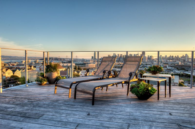 Die Terrassengestaltung: Wohnen Sie über den Dächten der Stadt mit Stil