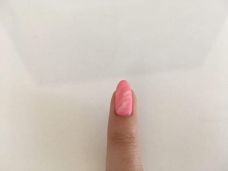 Wie kreieren Sie dieses Nägel Muster lernen Sie von unseren Beitrag