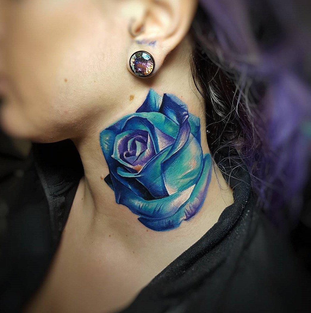 Tolle Vorlage für blaue Rose Tattoos