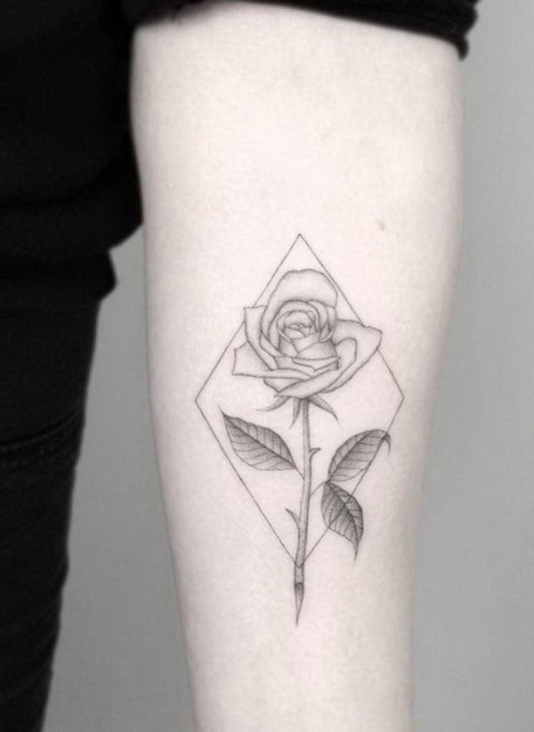 Rosen Tattoo für den Unterarm