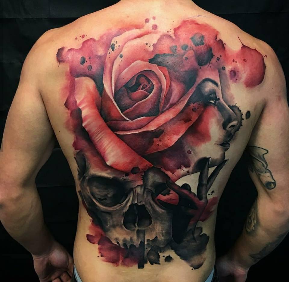 Glamouröse Rosen Tattoo Vorlagen Männer